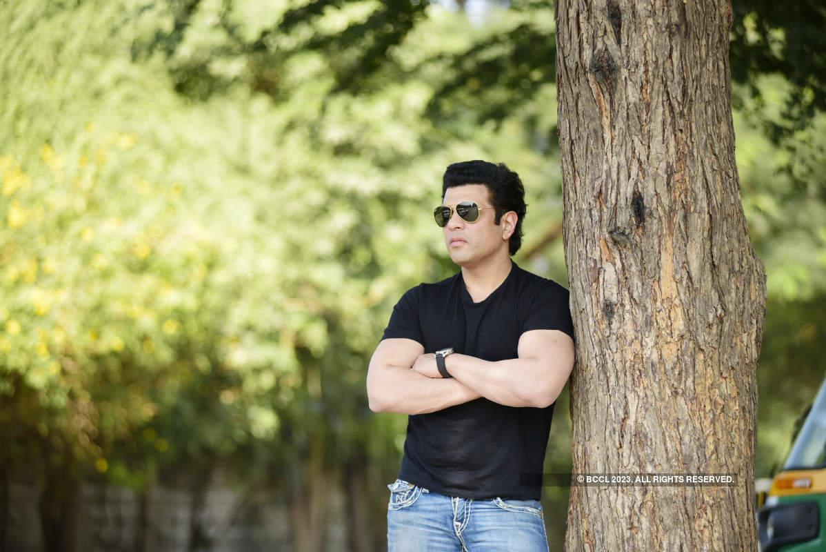 Amaan Ali Bangash visits Ahmedabad