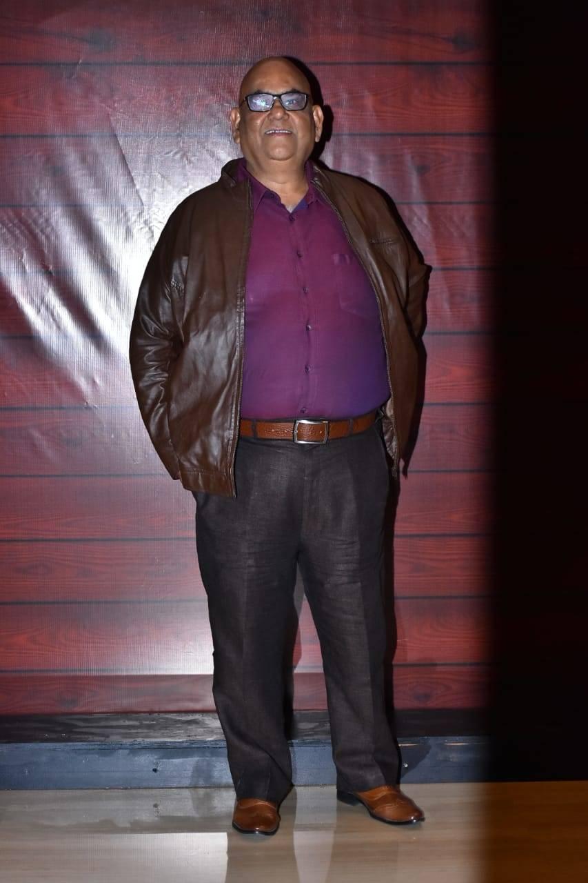Javed Akhtar's bash (5).