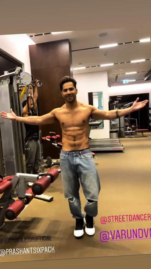 varun_dhawan_showing_off_his_washboard_abs_will_set_the_internet_on_fire_see_pics_2 (1)