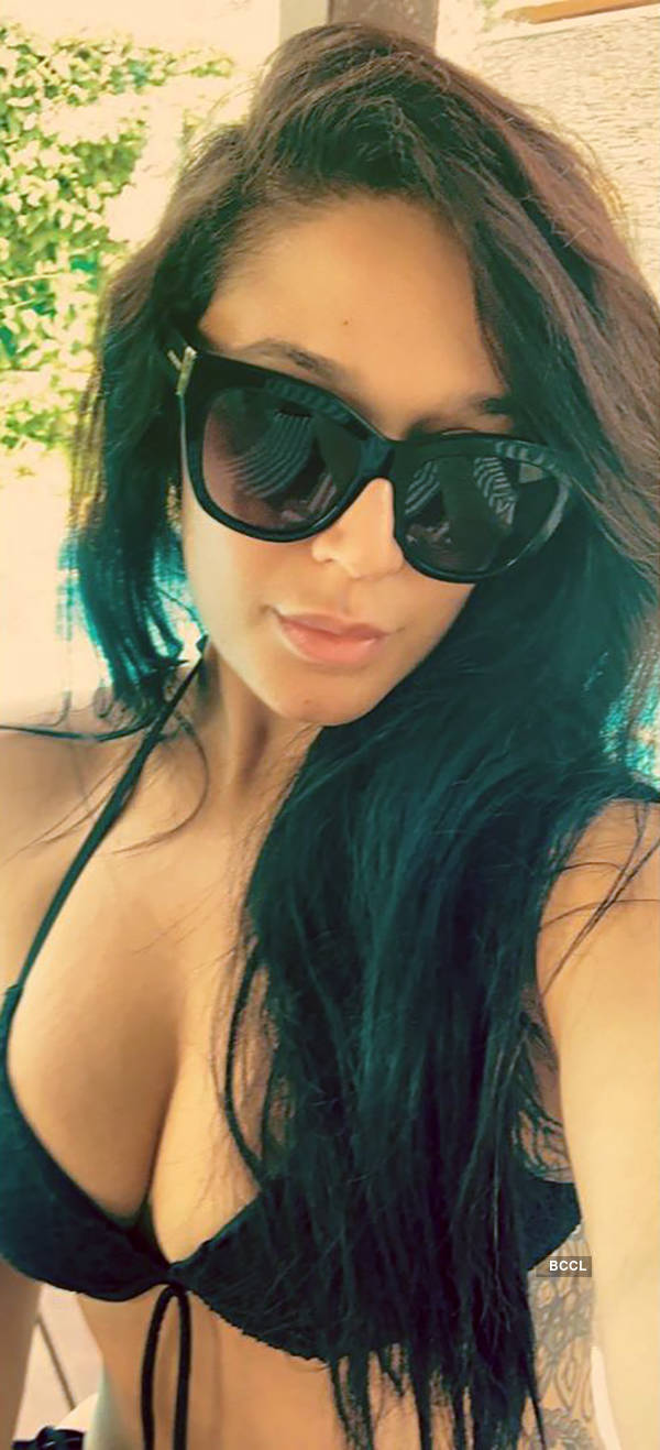 Tiger Shroff's sister Krishna gives beach vibes in new sunbathing pic