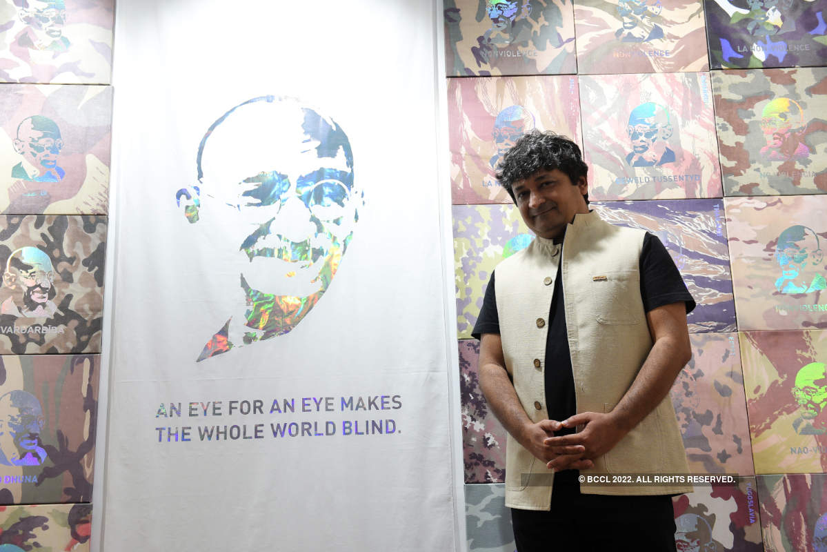 This art exhibition seeks to reimagine the Gandhian principle of non-violence