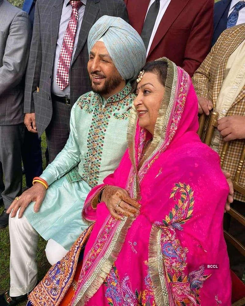 New pictures from Gurdas Maan's son Gurickk Maan & Simran Kaur Mundi's  wedding   Photogallery - ETimes