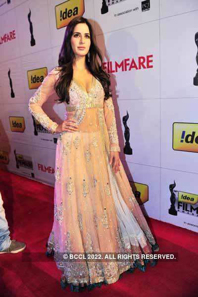 56th Idea Filmfare Awards: Gowning glories