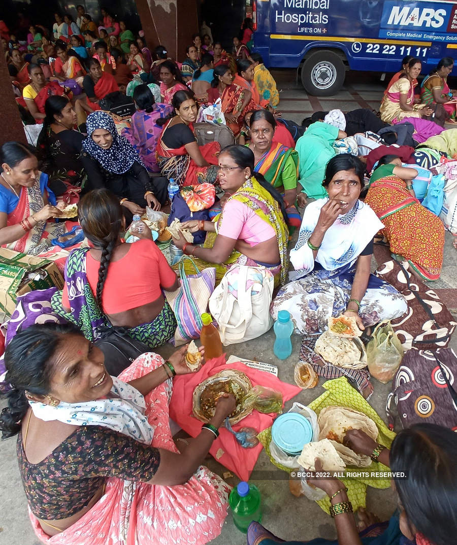 Mid-day meal workers end protest after government's assurance