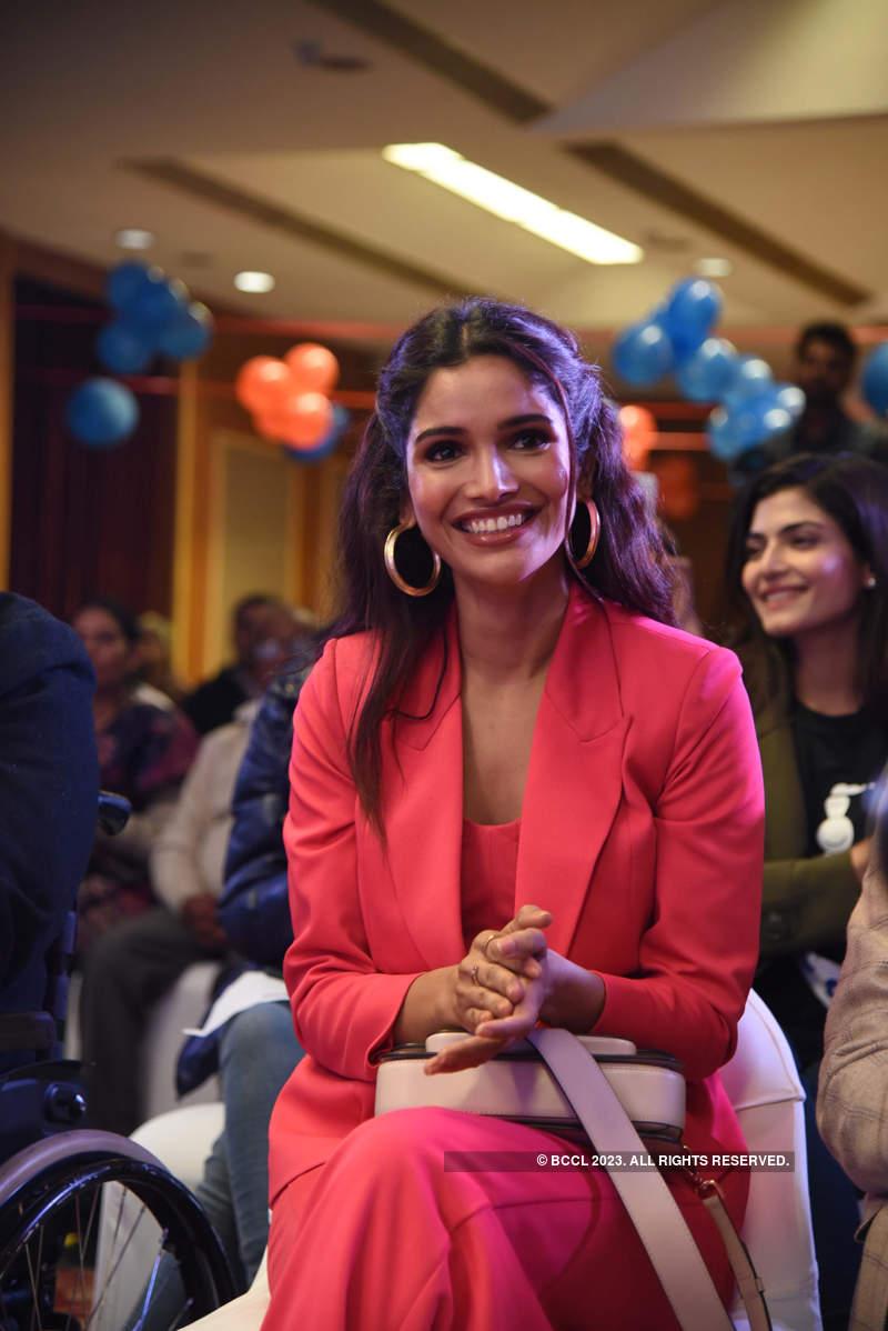 LIVA Miss Diva 2020 finalists visit an NGO