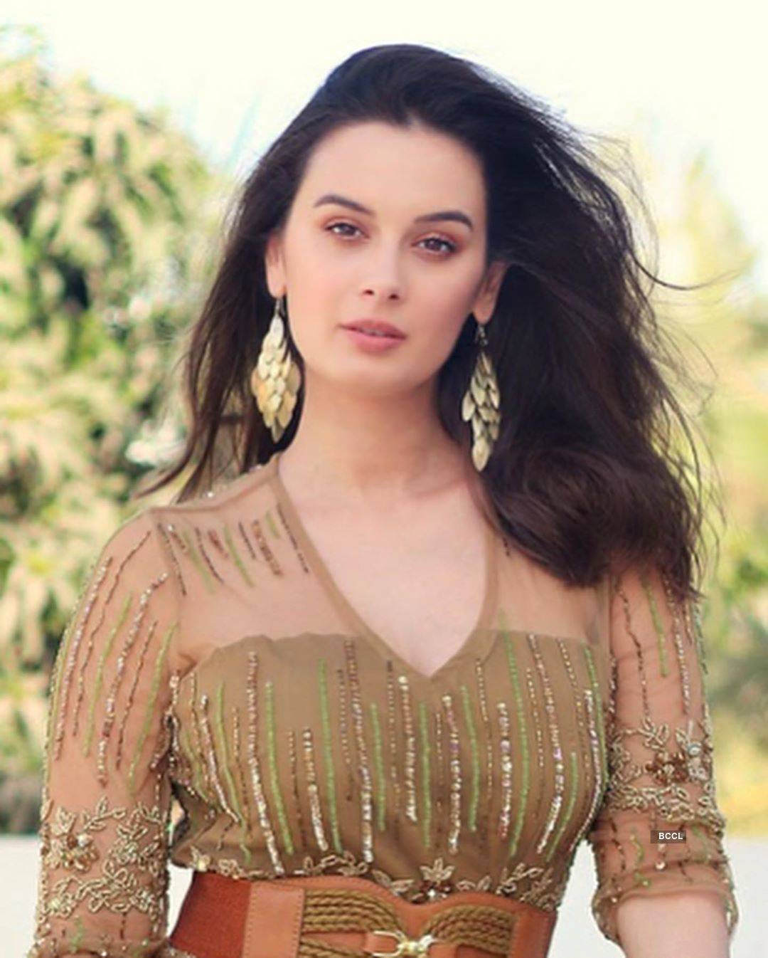 Beautiful pictures of Bollywood actress Evelyn Sharma