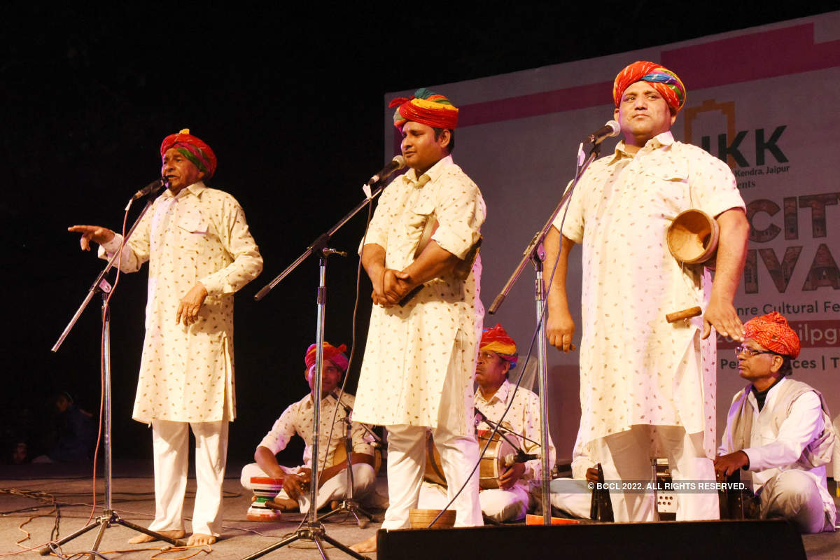 Colourful and cultural folk dances, drama and music at the Pink City Festival