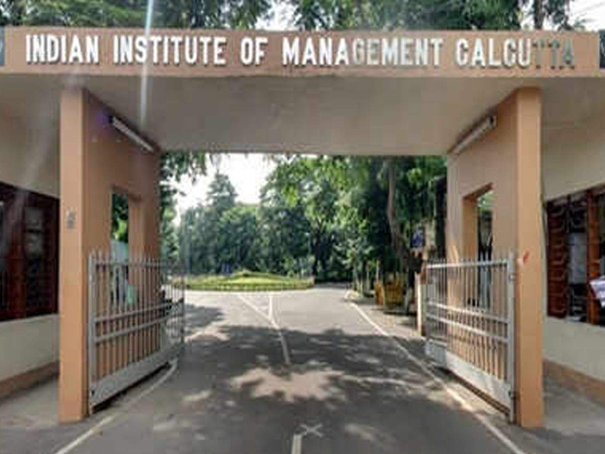 IIM Calcutta students secure an all-time high salary of over Rs 50 lakh from consulting, sales and marketing firms