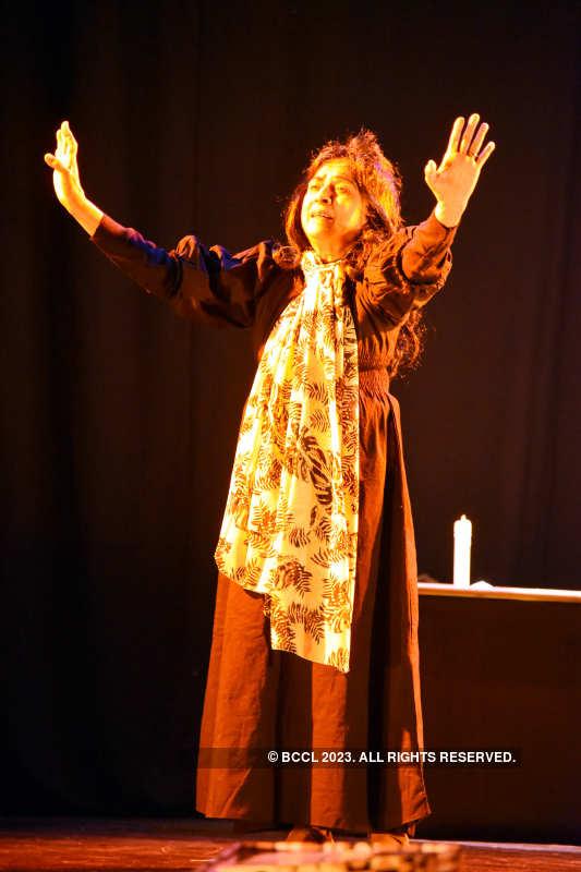 Ek Anjaan Aurat Ka Khat: A play