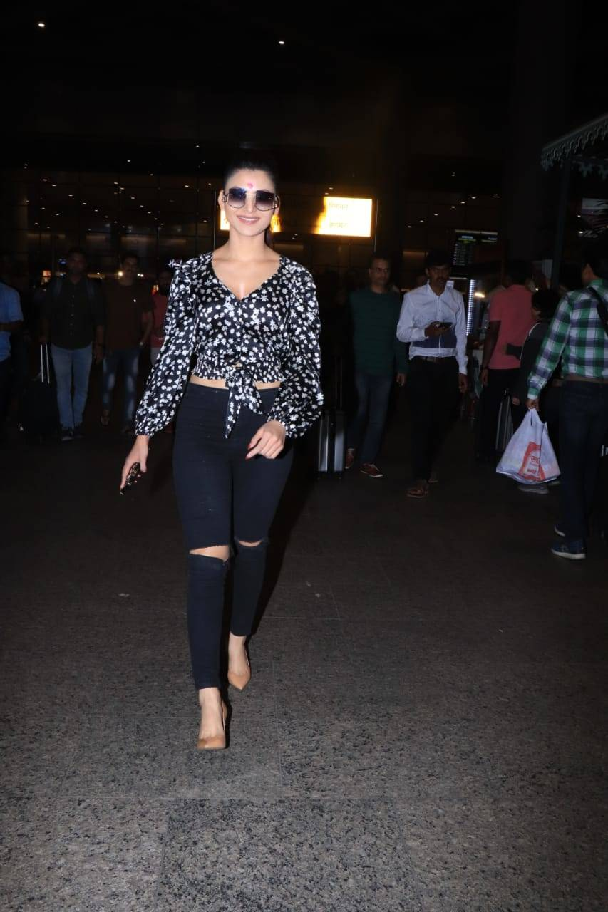 Celebs airport (2).
