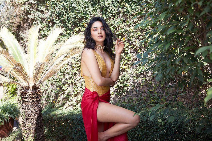 Bollywood fashionista Kiara Advani's glamorous pictures