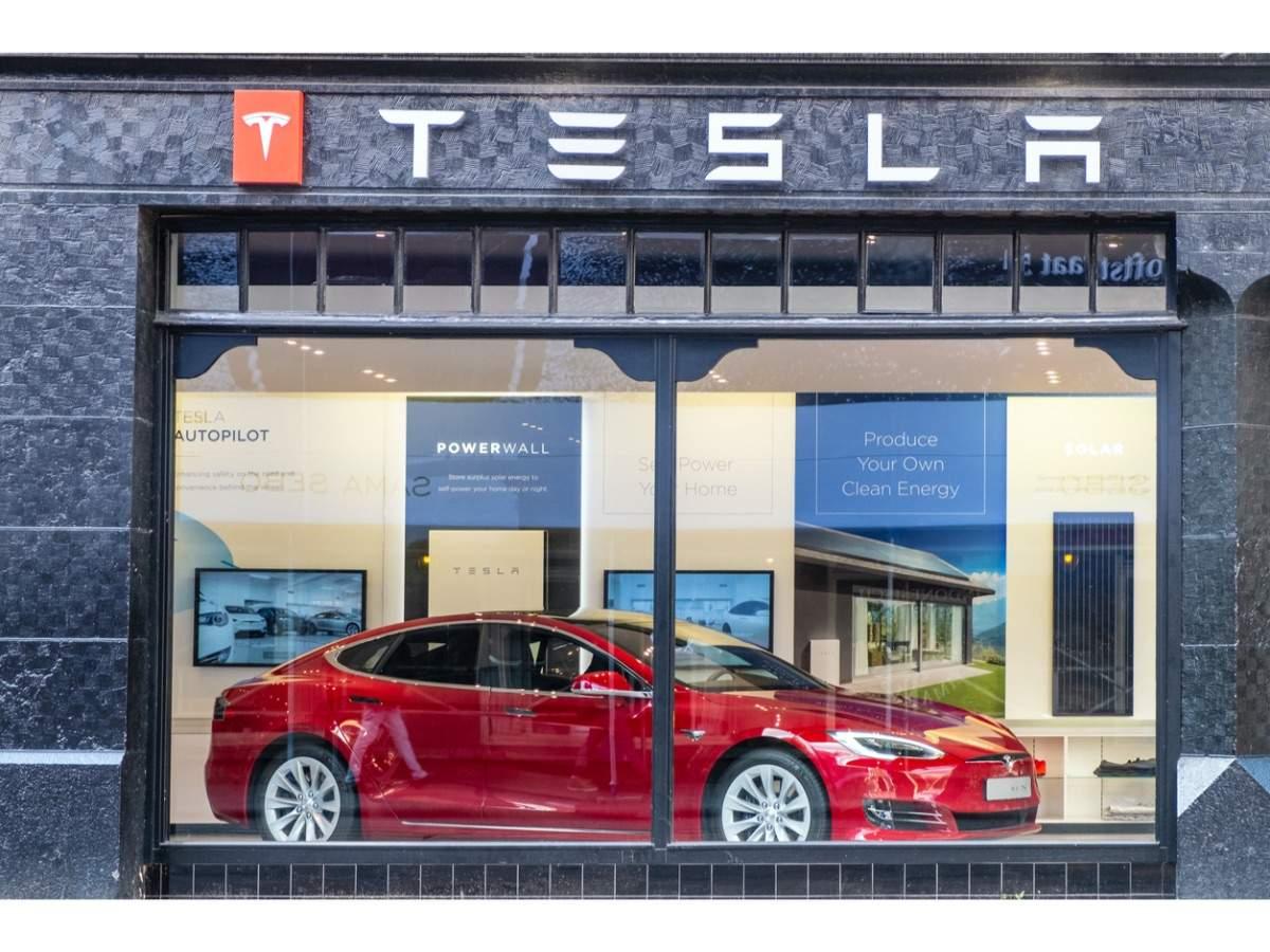 Hot Wheels Made A Mini Tesla Cybertruck Complete With Broken Window Stickers