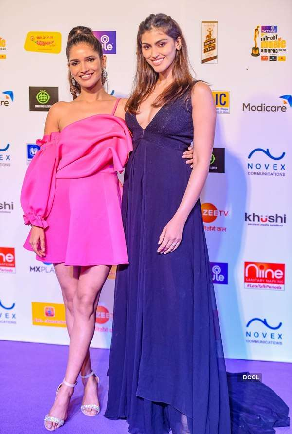 Beauty Queens Dazzles At Radio Mirchi Music Awards 2020