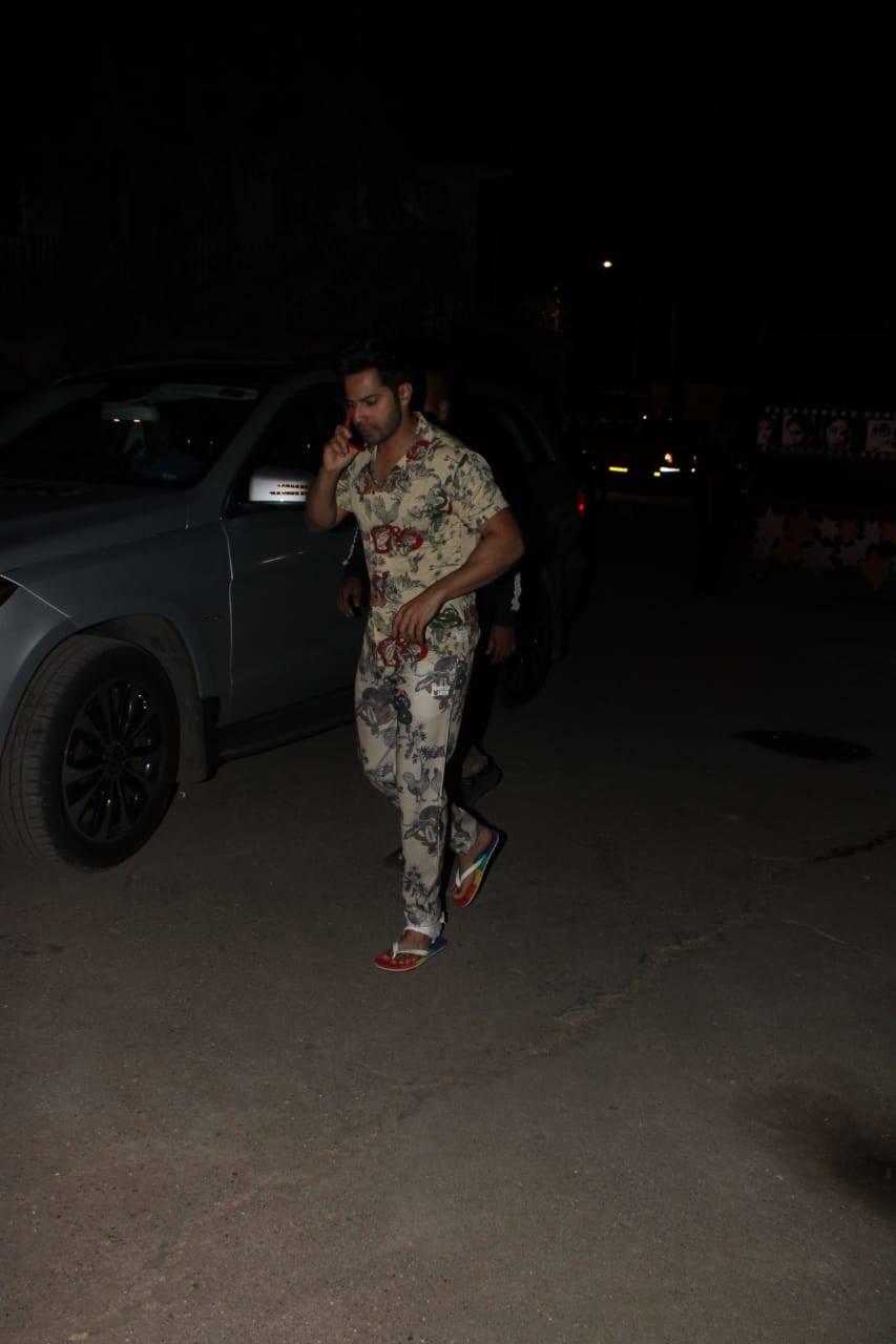 Varun Dhawan (1).