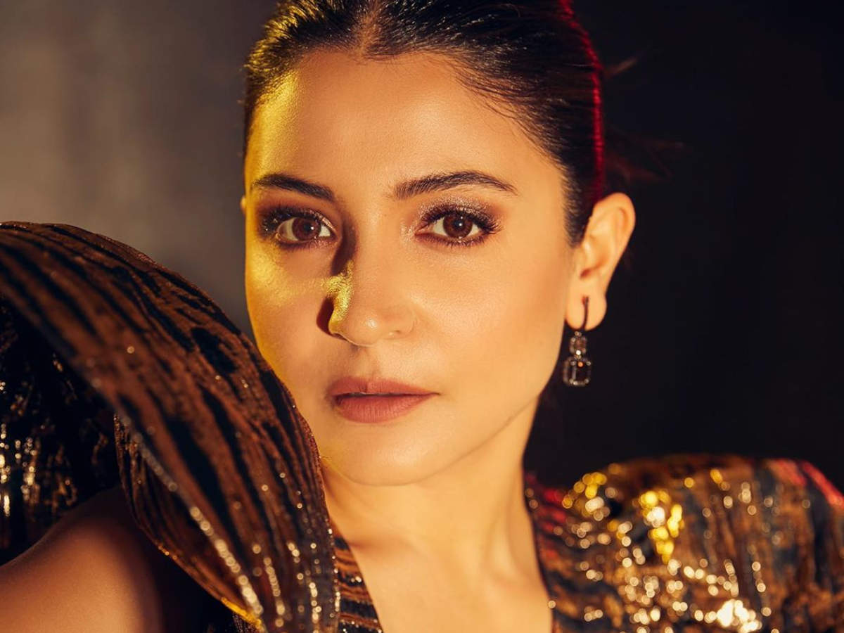 11 make-up looks of Anushka Sharma to steal for your wedding  The
