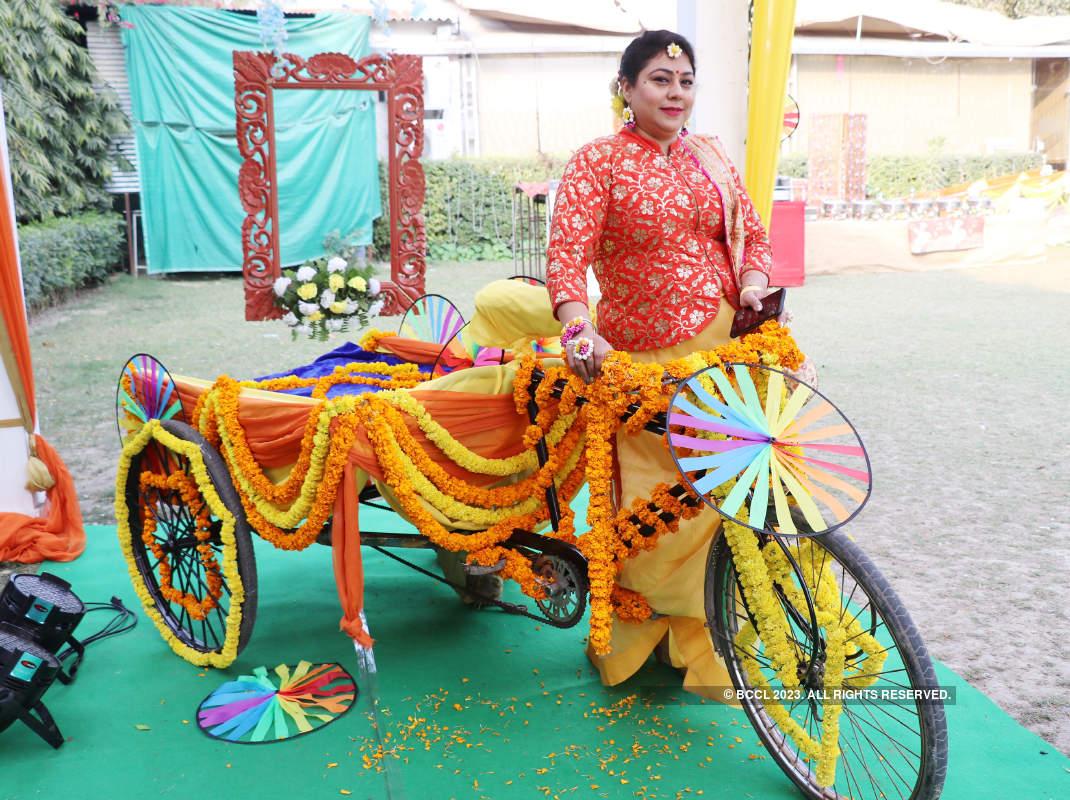 Banarasis gear up for Holi at this do