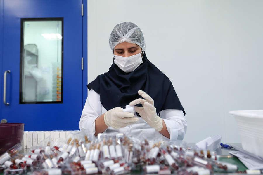 These pictures show how coronavirus epidemic engulfs Iran