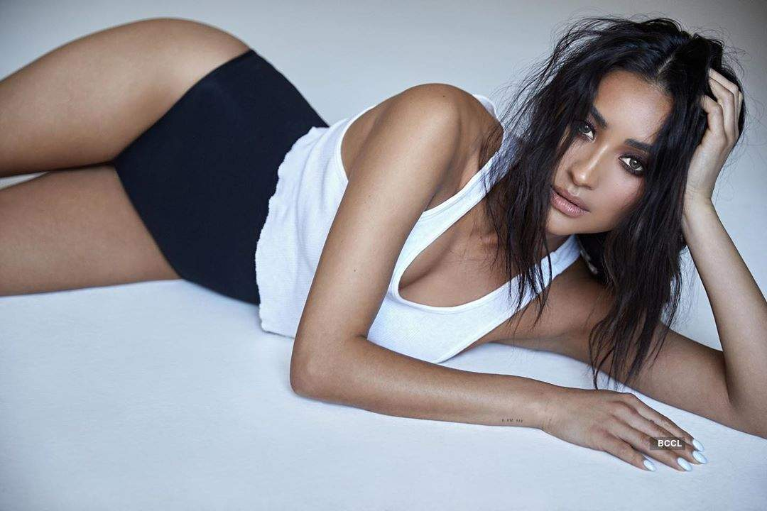 Bold and beautiful pictures of fashionista Shay Mitchell
