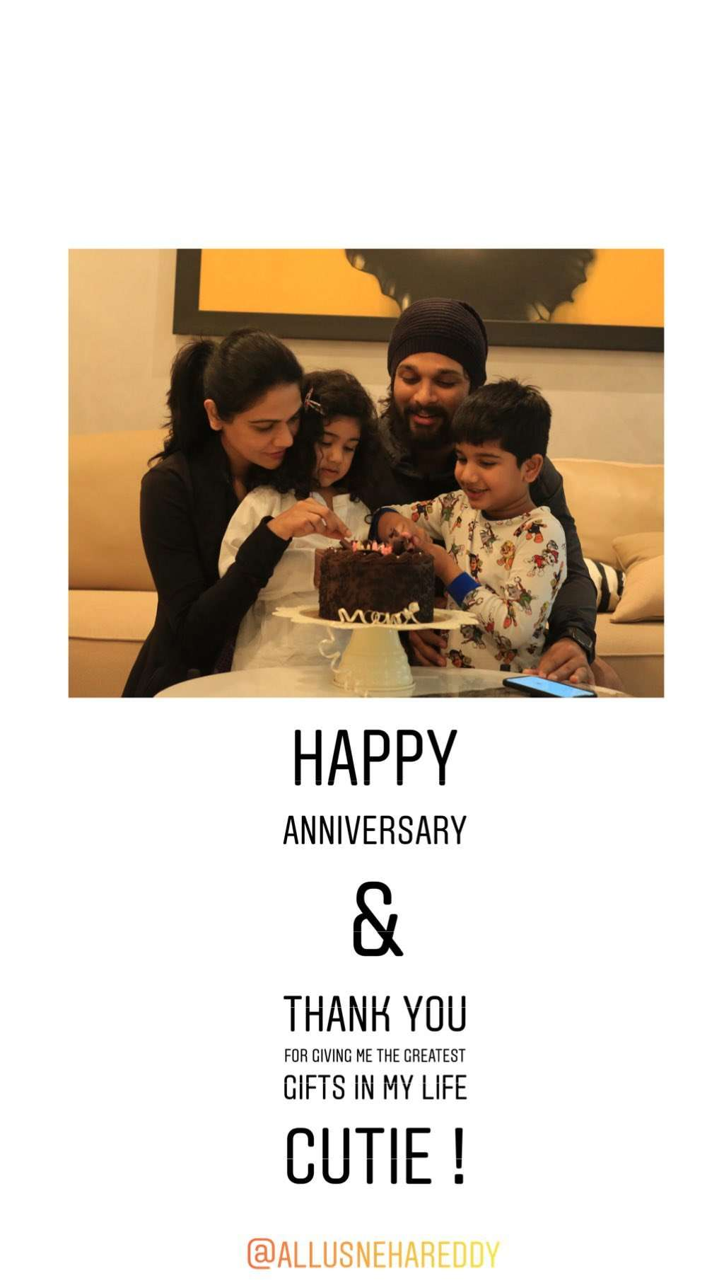Allu Arjun Wishes Wife Sneha Reddy Happy 9th Wedding Anniversary With A Sweet Social Media Post Telugu Movie News Times Of India,Texas Signs And Designs