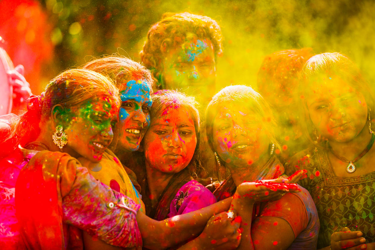 Happy Holi 2020: greetings, messages, cards
