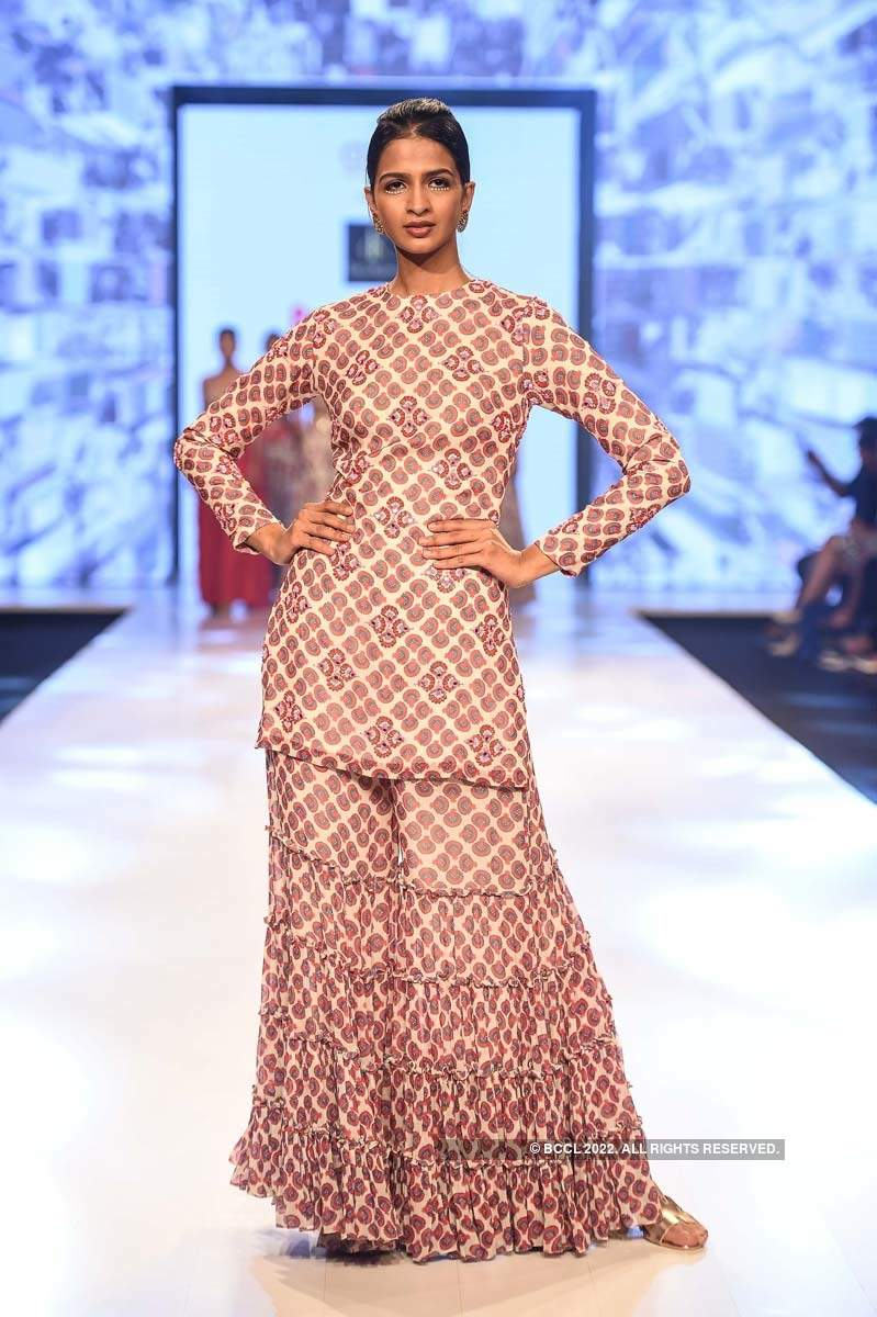 Bombay Times Fashion Week: Day 3 - DiyaRajvvir