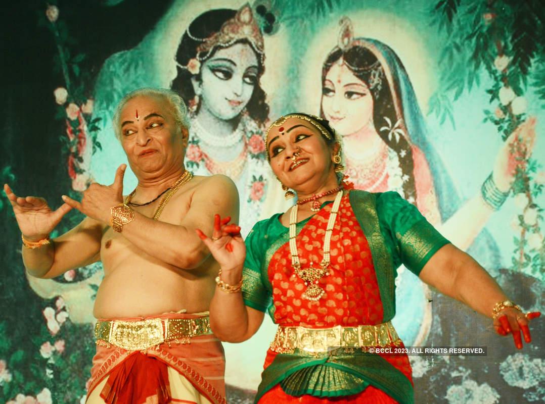 Some classical treat for Banarasi souls