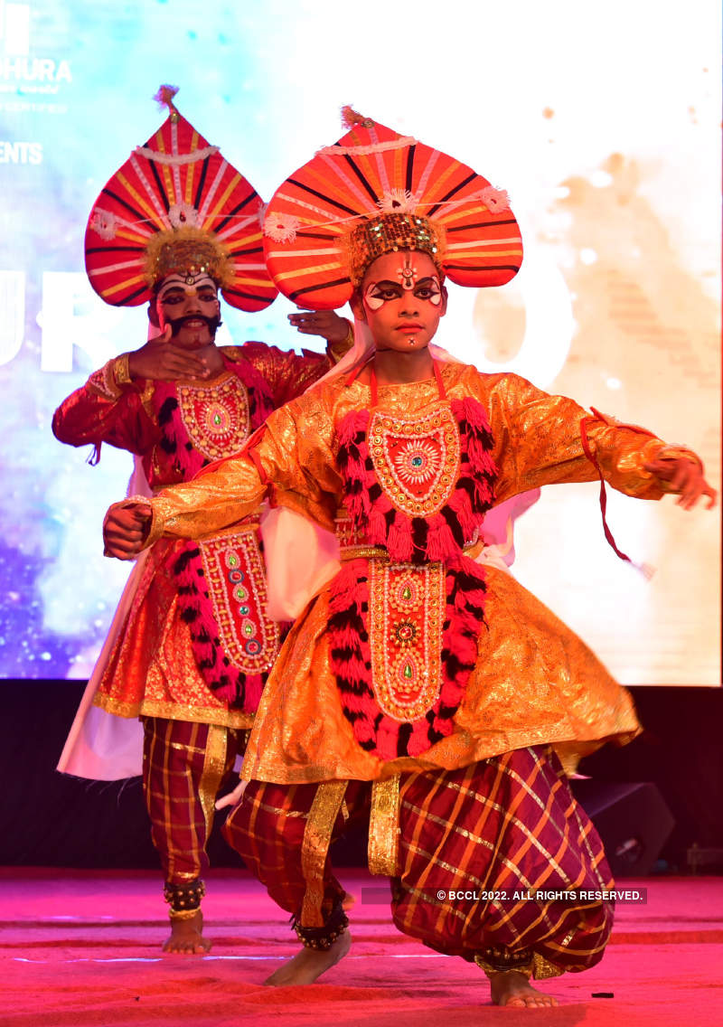 Huli Vesha, Yakshagana and rap songs: This college fest was all about diversity