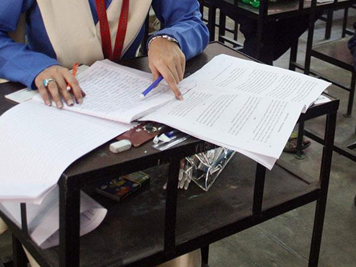 Coronavirus outbreak: CISCE allows teachers to evaluate answer sheets from home