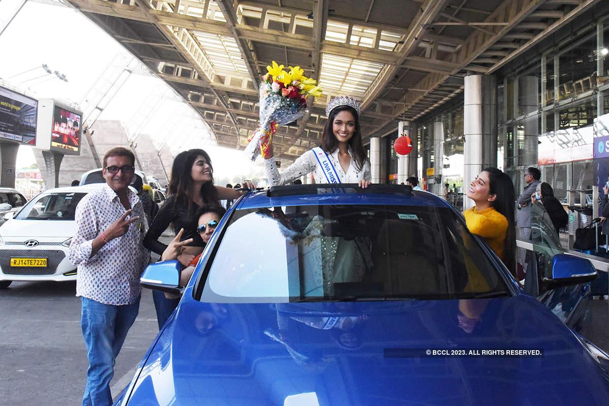LIVA Miss Diva 2020 Runner-up Neha Jaiswal gets warm welcome in Jaipur
