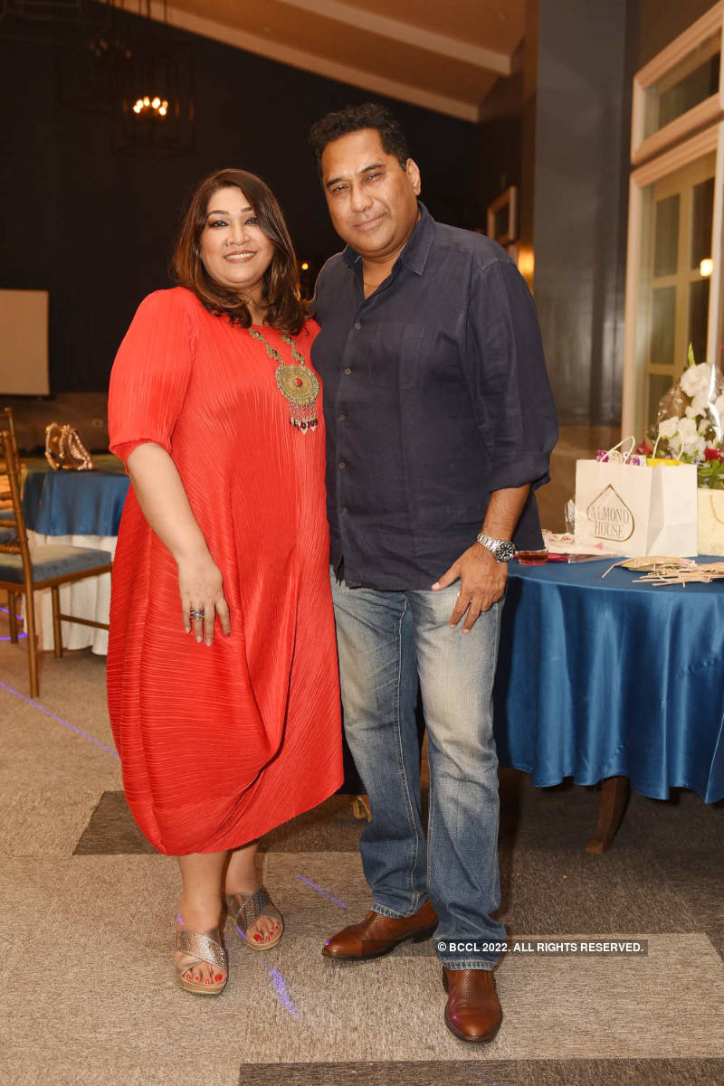 Smriti Thapa's surprise b'day party was all about food and lots of fun