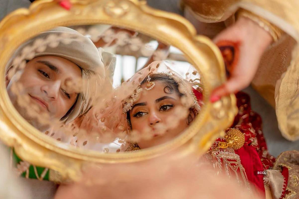 Sridevi's onscreen daughter Sajal Ali ties the knot with beau Ahad Raza Mir