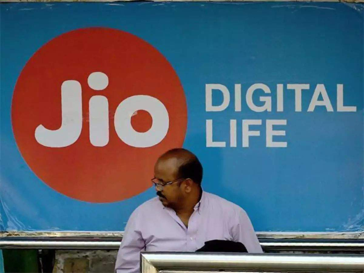 Reliance Jio Announces Special Initiatives to Fight Against COVID-19 in India