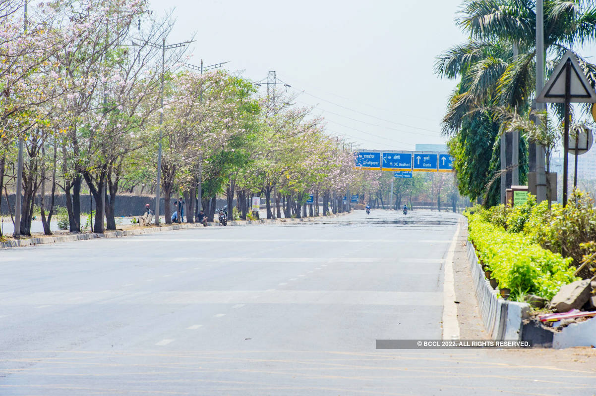Eerie pictures of empty streets as India observes 'Janta Curfew' to combat coronavirus