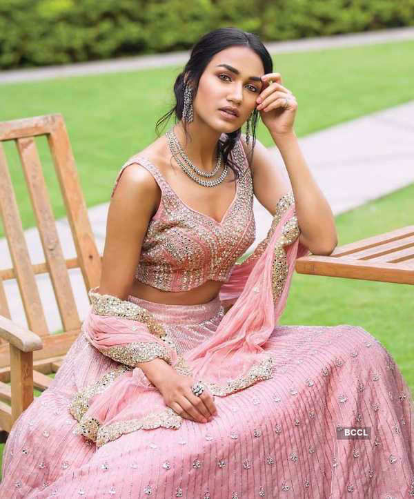 Bold bridal wear adorned by Priyanka Kumari
