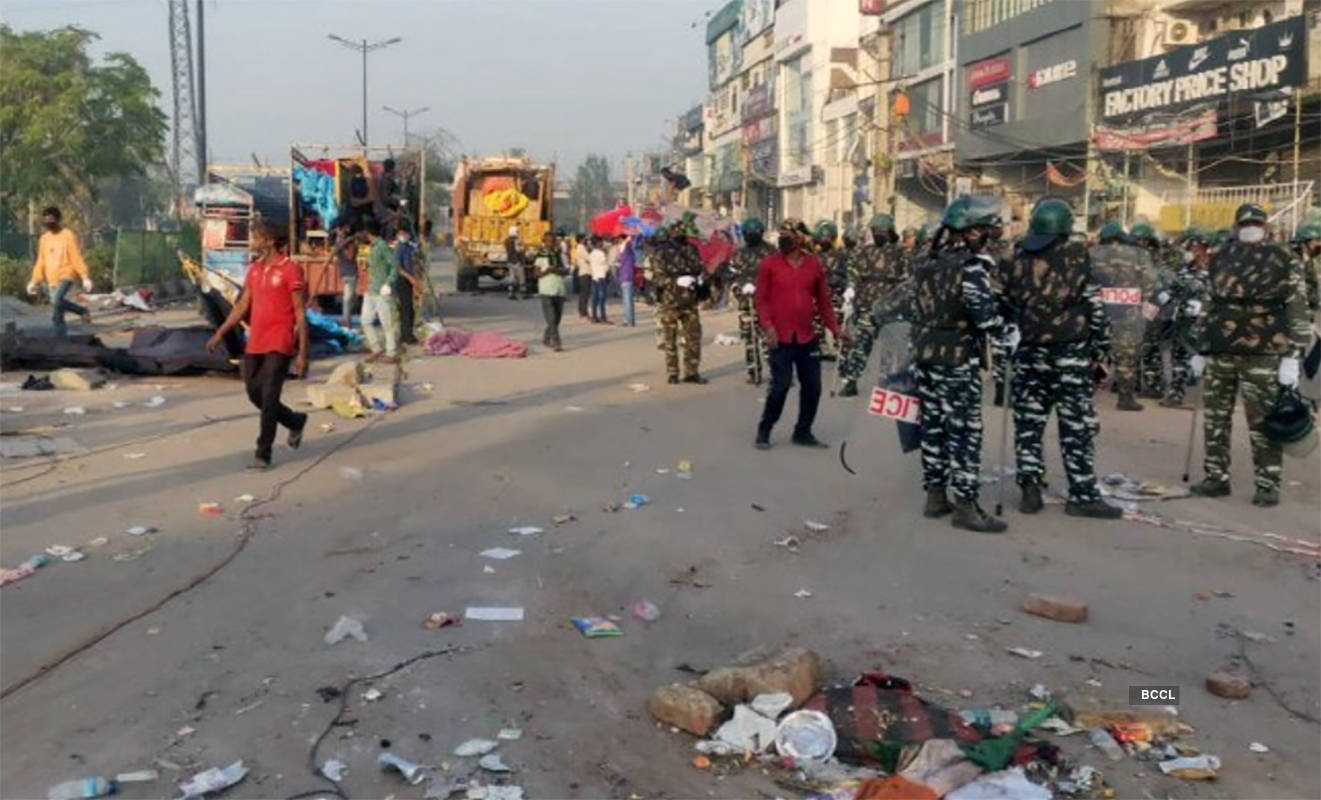 Pictures of police clearing Shaheen Bagh protesters as Delhi goes under coronavirus lockdown