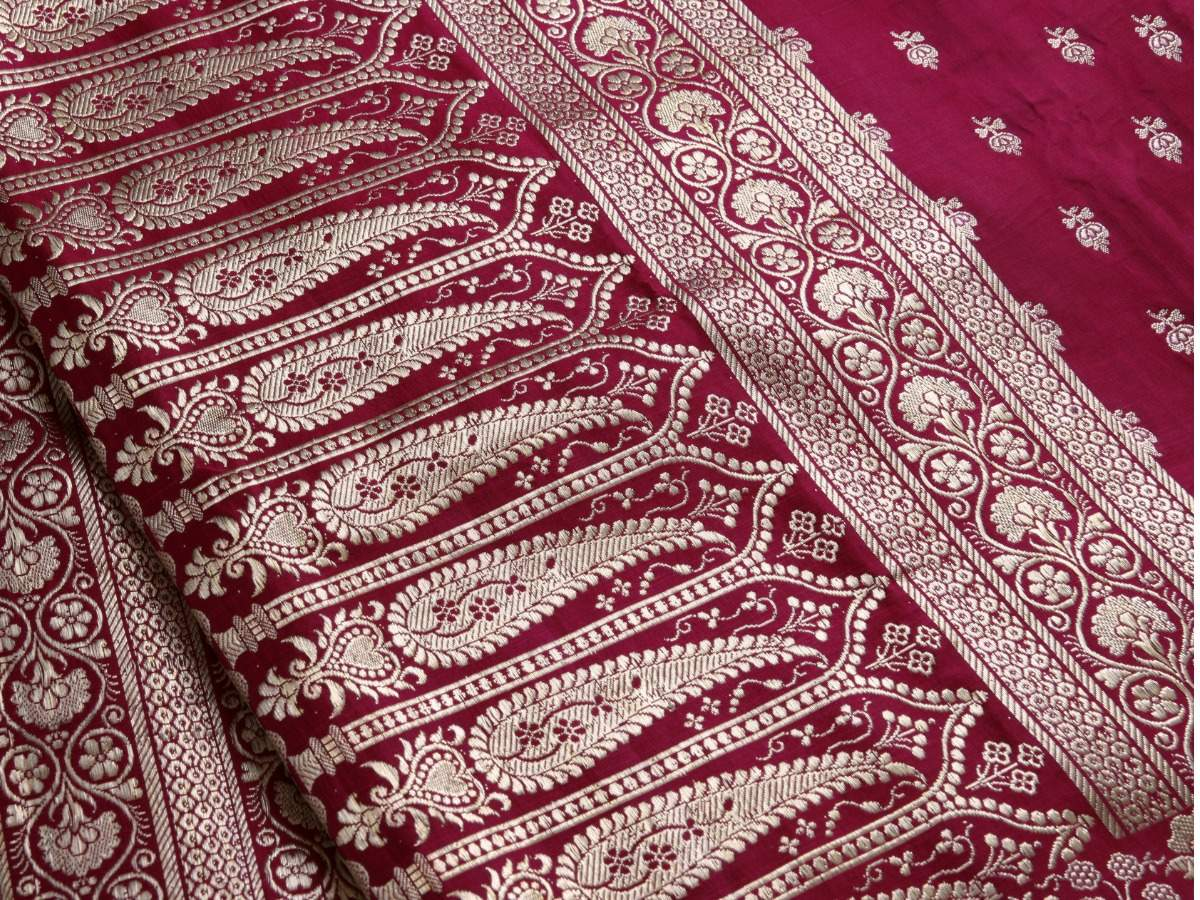 How to store and protect saris