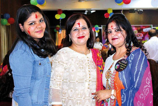 (L-R) Priya, Kiran and Payal (BCCL/ Arvind Kumar)