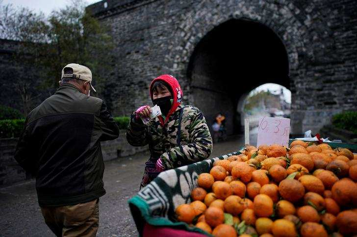 Coronavirus: China's Hubei begins return to normal as locked-down ends