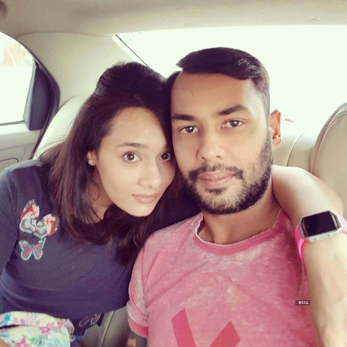 Love-filled pictures of sports presenter Mayanti Langer and Indian cricketer Stuart Binny