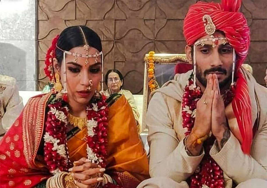 Sanya and Prateik during their marriage ceremony