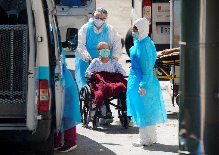In pics: Spain grapples with coronavirus