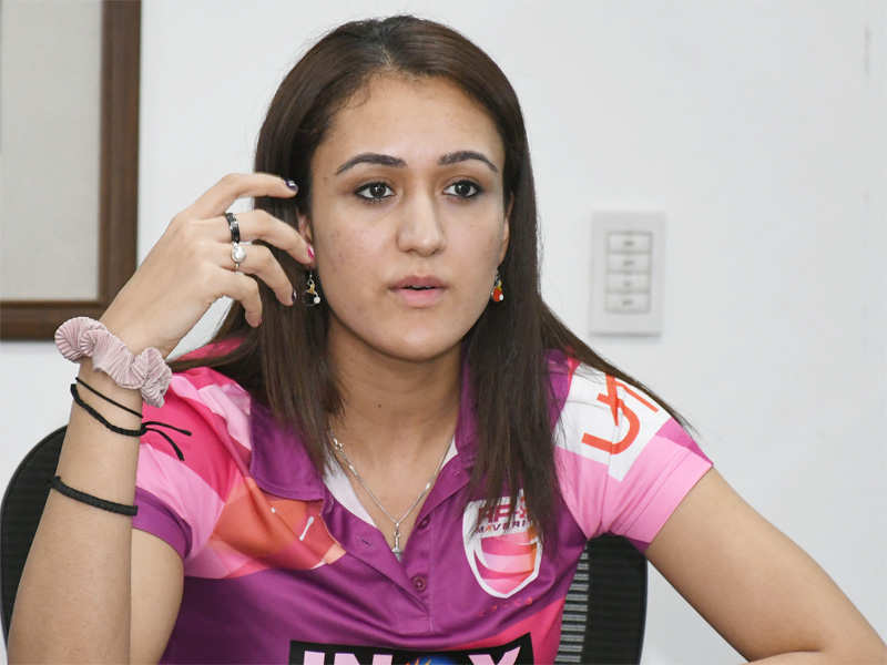 Manika Batra lights diyas to show support in the battle against COVID-19
