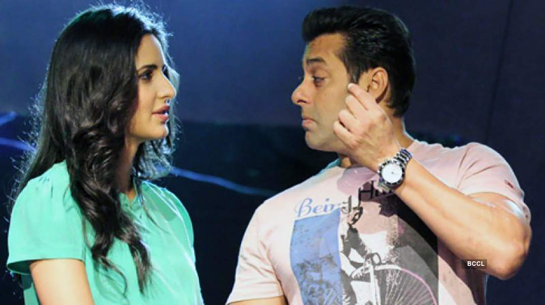 When Vicky Kaushal proposed Katrina Kaif in front of Salman Khan, see pictures