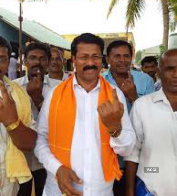BJP MLA M Jayaram celebrates birthday amid coronavirus lockdown