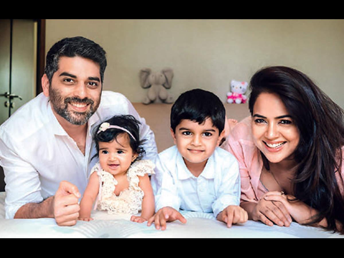 Sameera Reddy: I carry baby Nyra and Hans dances around me