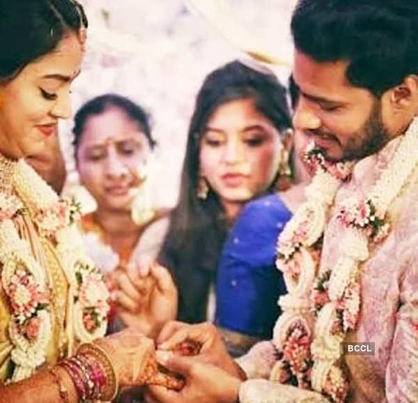 Raveena Tandon lashes out at former Karnataka CM's son Nikhil Kumaraswamy for getting married amid coronavirus lockdown