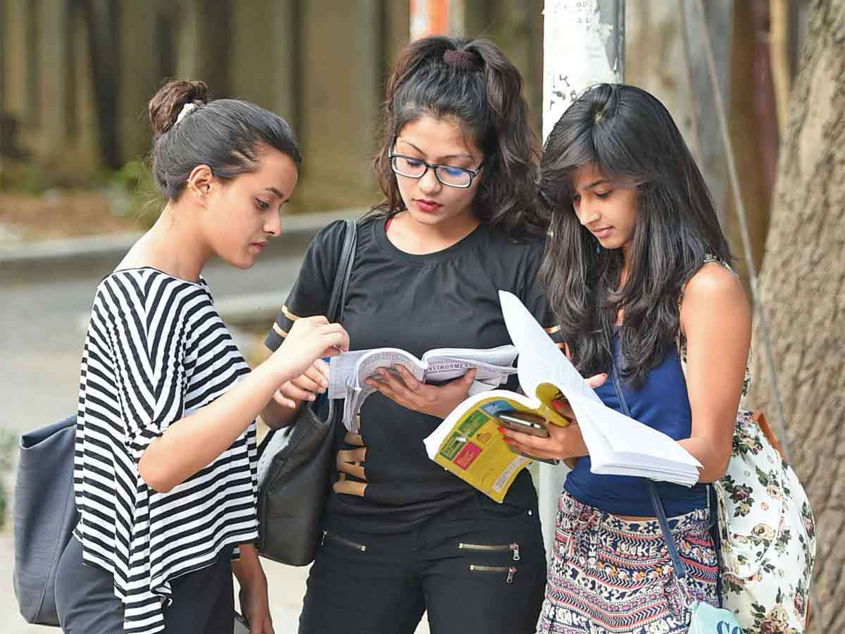 Around 42% students reconsidering their career plans due to coronavirus crisis: Survey