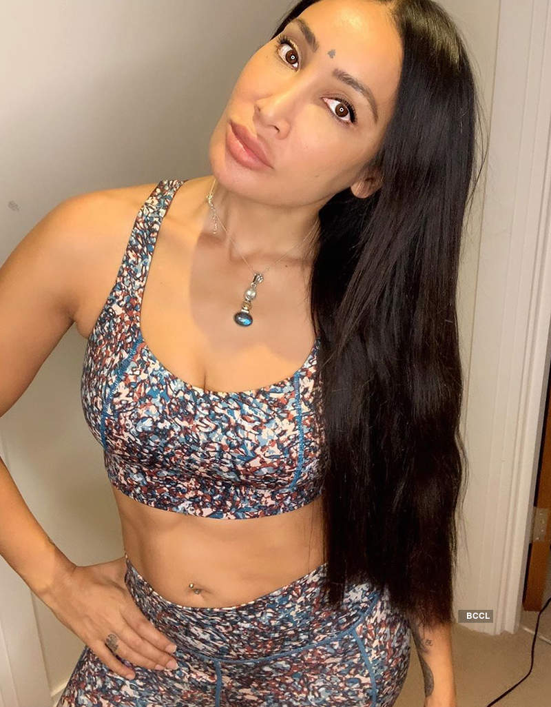 New pictures and controversial posts of Sofia Hayat get her into legal trouble