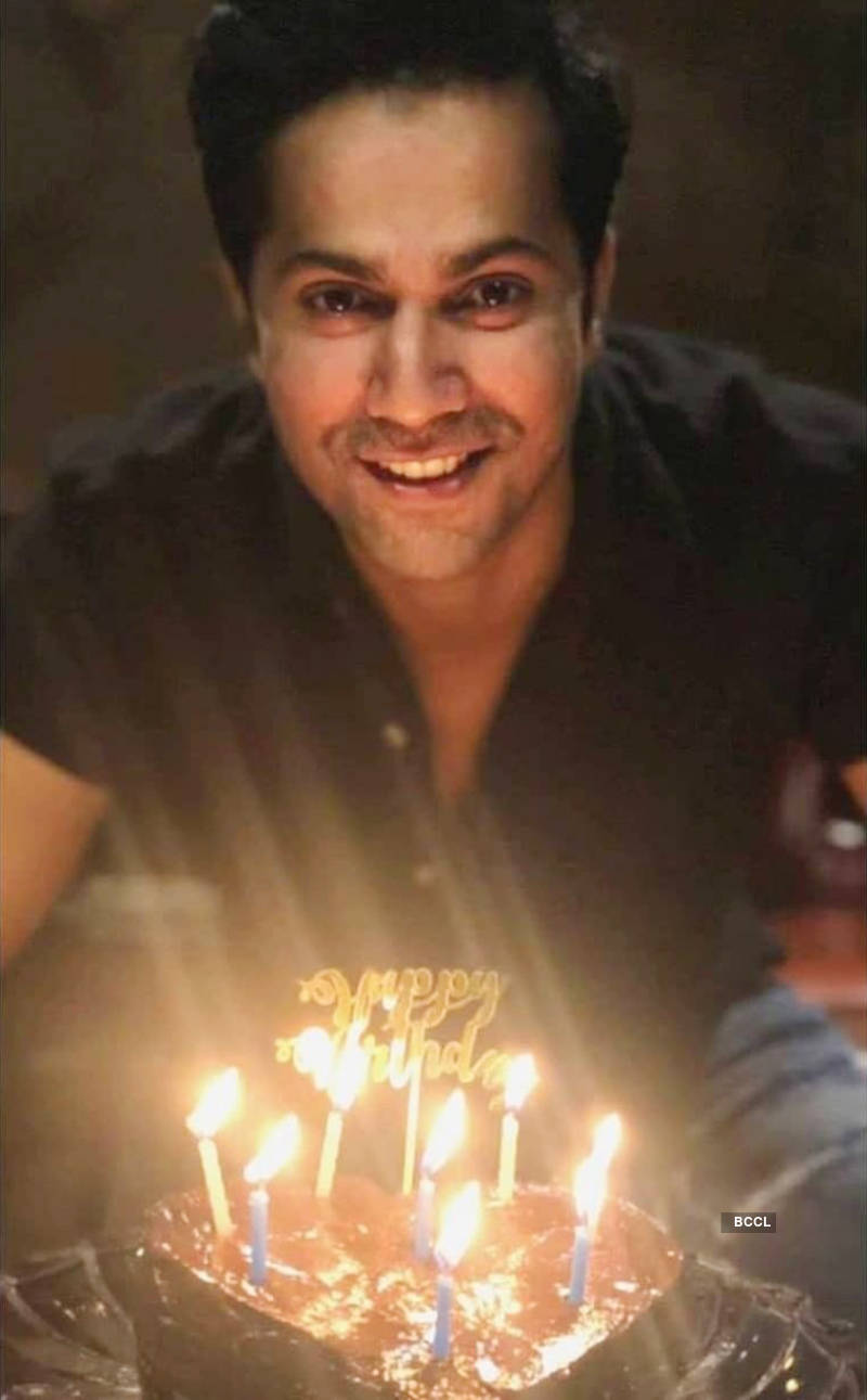 Varun Dhawan celebrates birthday with GF Natasha Dalal