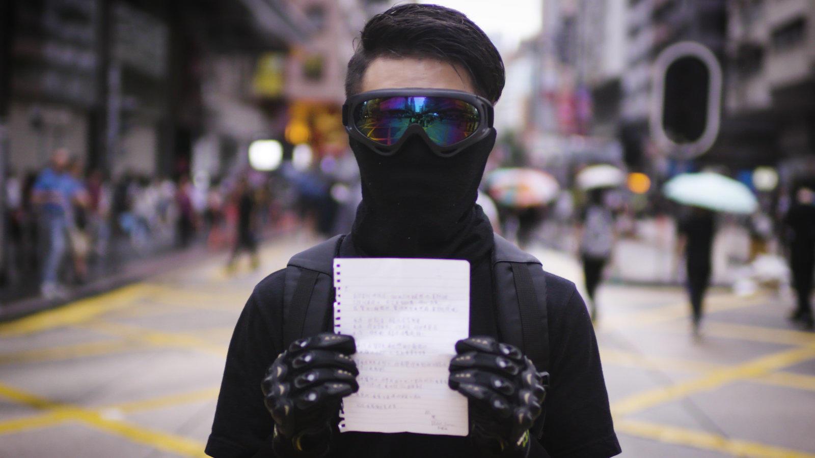 Hong Kong Protest in black masks _NYT